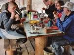 Quartier in einer Jagdhütte am Chelonchan
